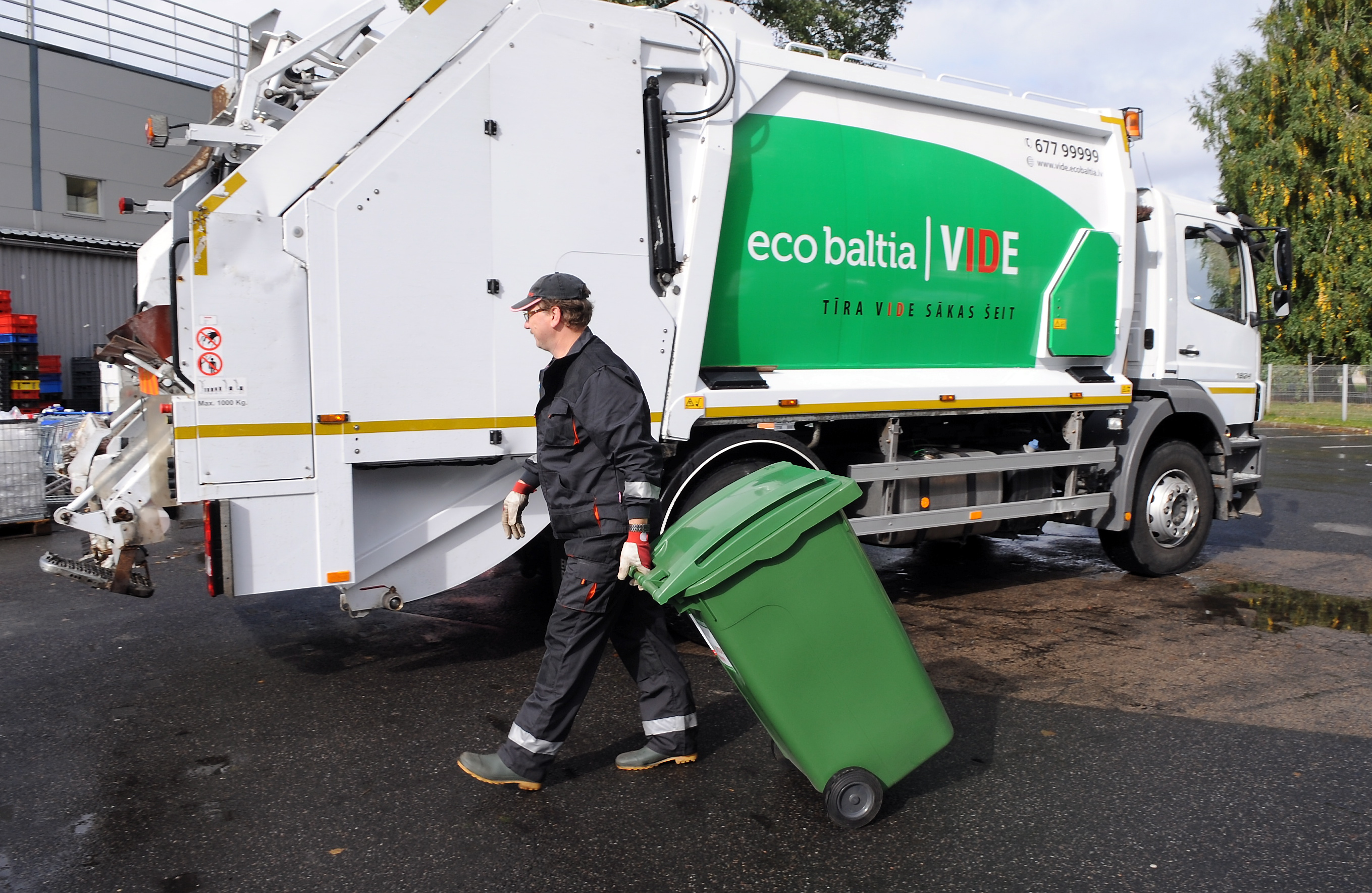 Šķiro atkritumus atbildīgi!
