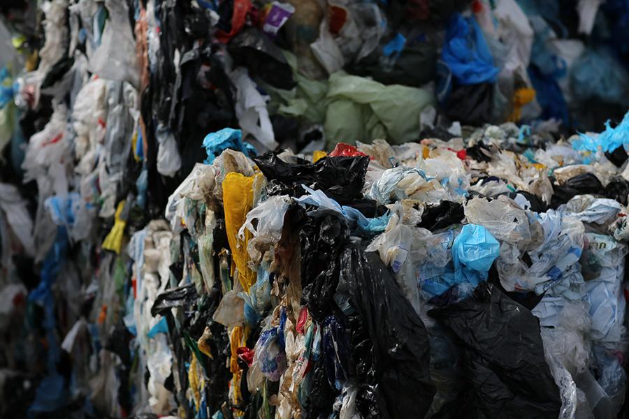 Laikraksts Diena: Iespēja pārtapt izgāztuvē