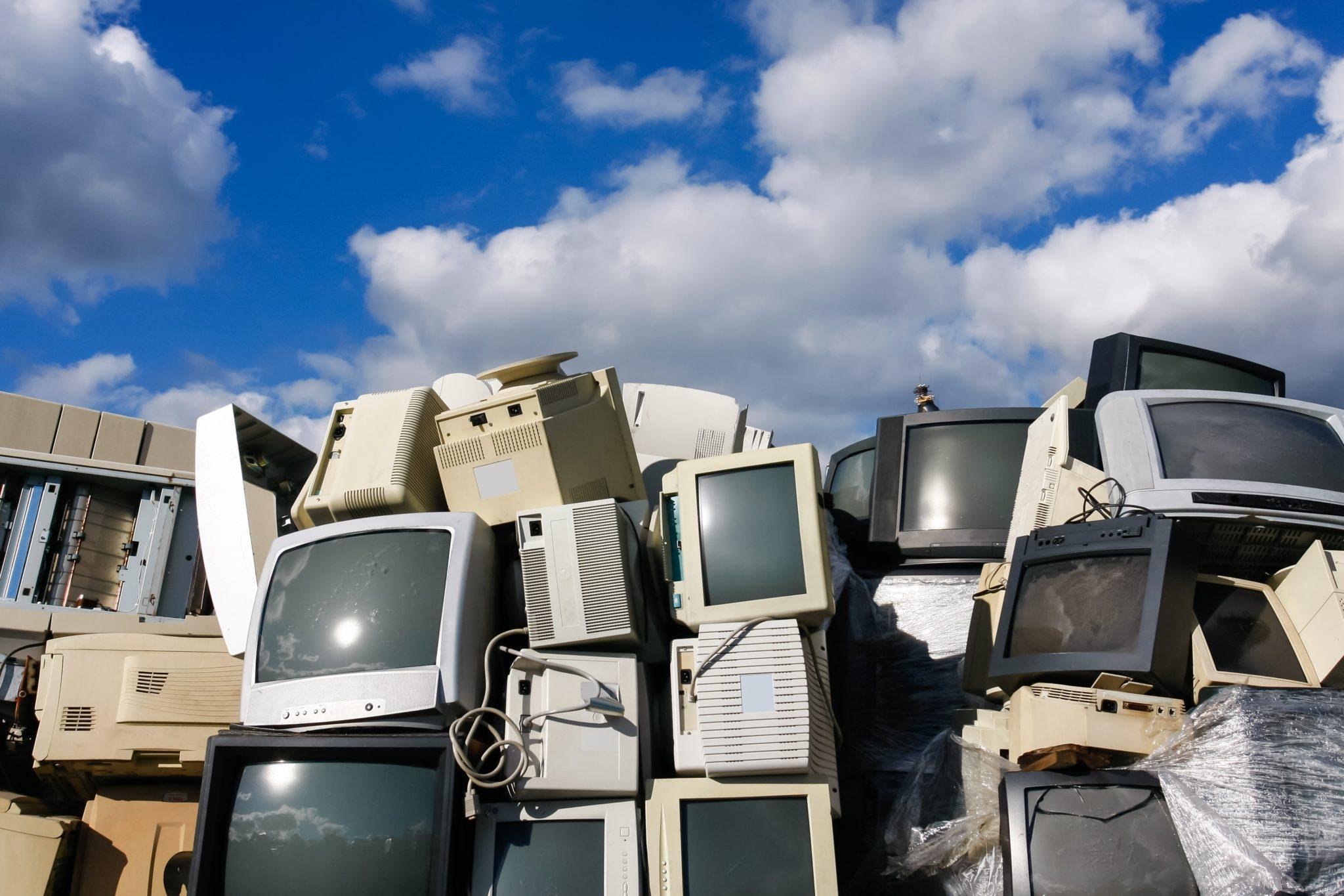 """SIA """"Eco Baltia vide"""" aicina mārupiešus nodot nolietotās elektroiekārtas un citus lielgabarīta atkritumus"""