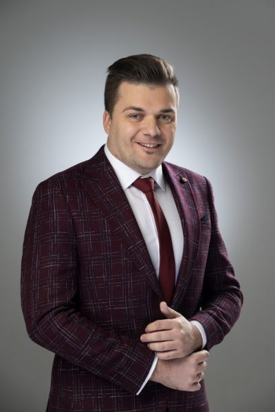 Армандс Утинанс